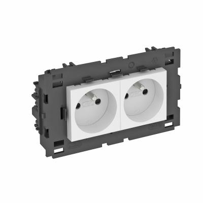 Розетка 0° Connect 80 с заземляющим стержнем, двойная — арт.: 6120622